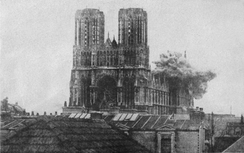 A shell strikes Reims Cathedral