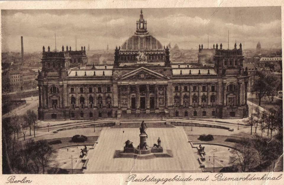 Reichstag. From http://www.firstworldwar.com/features/graphics/reichstag.jpg